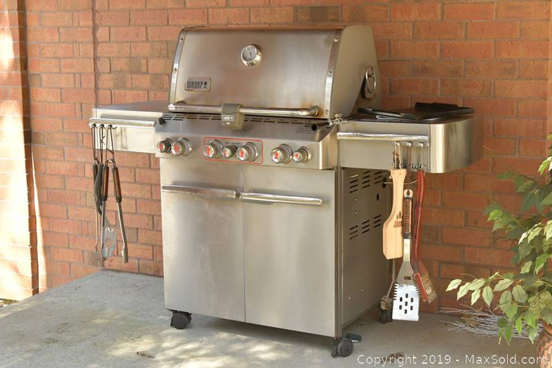 Weber BBQ And Cover