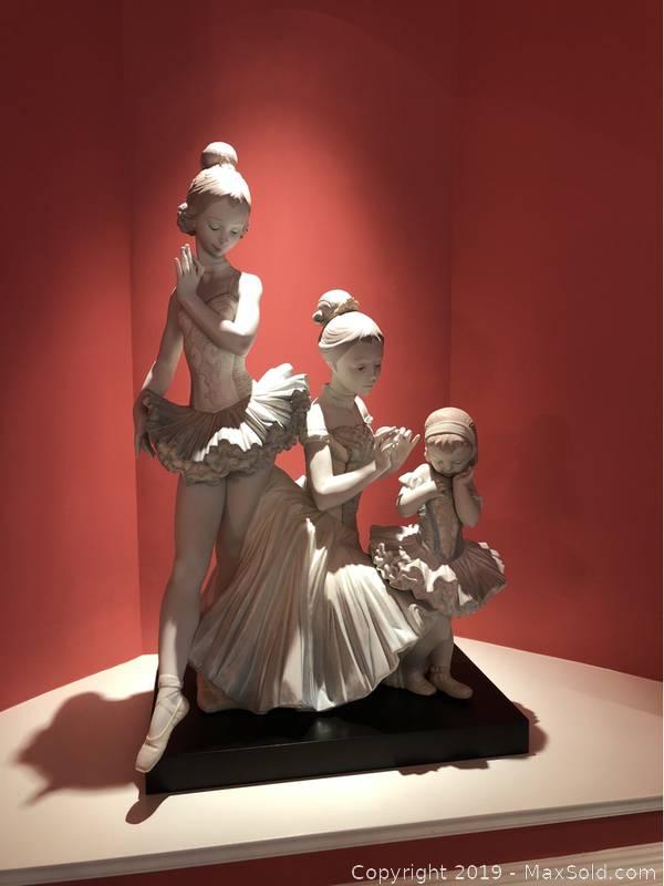 Lladro Love For Ballet Figurine