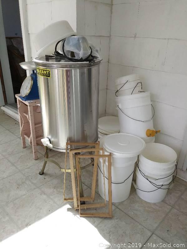 Bee Keeper Honey Extractor Equipment
