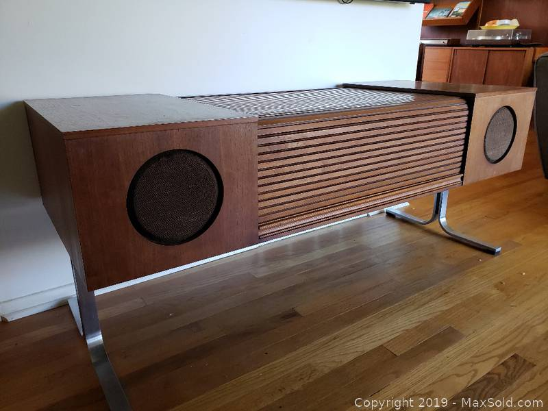 MCM Electrohome 701 Console Stereo