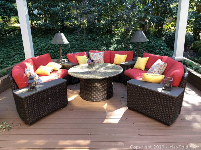Lloyd/Flanders Outdoor Fire Pit And Seating